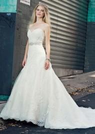 Eunice, Henry Roth menyasszonyi ruha / Eunice,bridal gown by Henry Roth Forrás:http://www.henryroth.com/