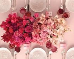 Rózsaszín ombre asztaldekoráció / Pink ombre table decoration Forrás:http://www.thefoundist.com