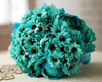 Türkiz csokor / Turquoise bridal bouquet Forrás:http://www.etsy.com
