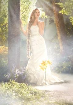 Aranyhaj , Rapunzel Forrás:http://www.alfredangelo.com