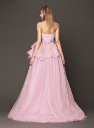 Vera Wang 2014 Fall Pink bridal collection 3a Forrás:http://www.verawang.com